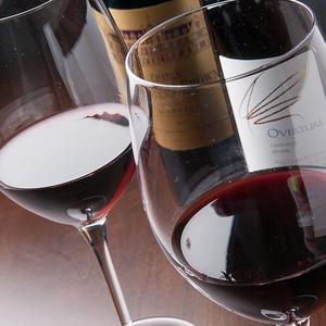 オジャの赤ワイン - 既に提供終了しているワインや、下記のリスト以外のワインもございます。 詳しくはスタッフにご相談ください。
